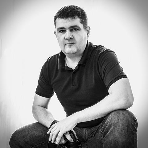 Profesjonalna fotografia ślubna Warszawa, chrzest, sesje zdjęciowe w studio i w plenerze, fotografia biznesowa, eventowa, kulinarna i produktowa